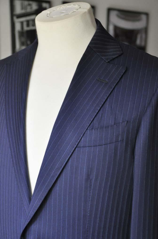 DSC03314 お客様のスーツの紹介-御幸毛織 NAPOLENA ネイビーストライプ-