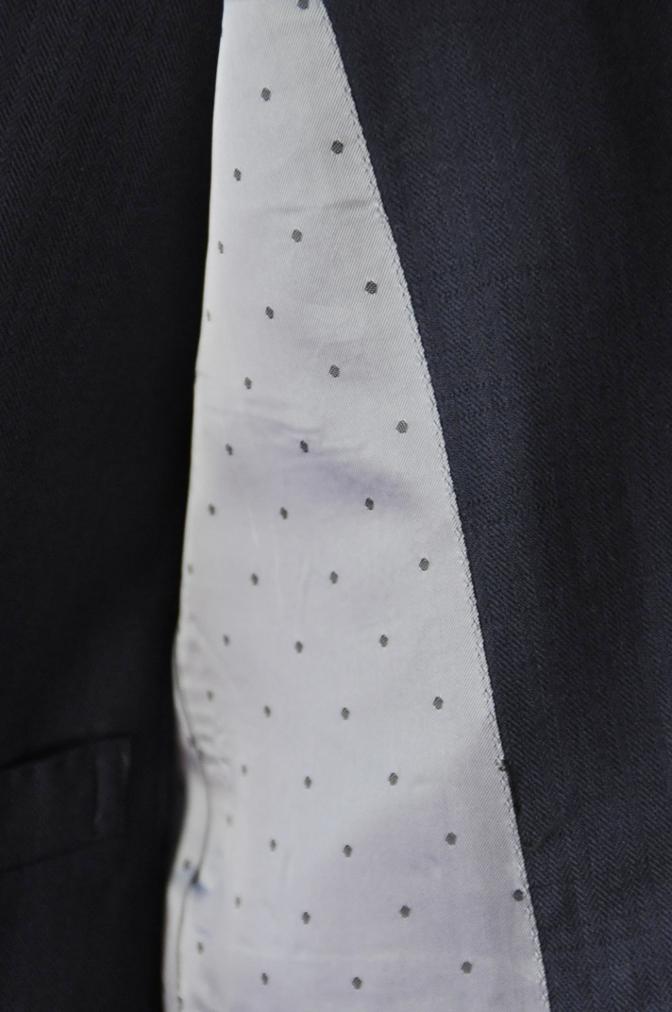 DSC03321 お客様のスーツの紹介-ネイビーヘリンボーンスリーピース-