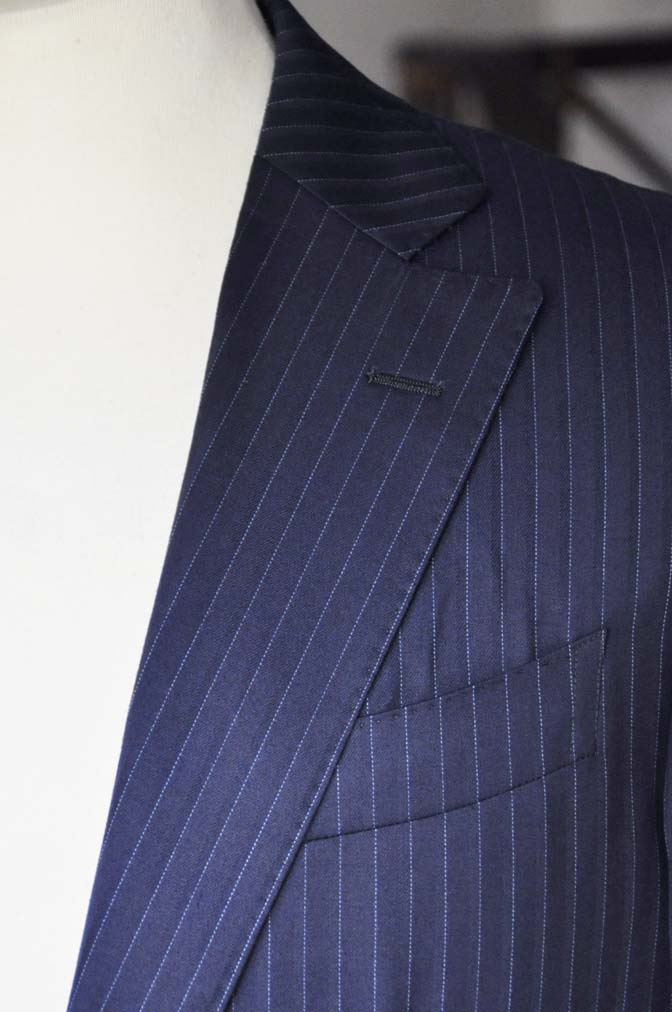 DSC03322 お客様のスーツの紹介-御幸毛織 NAPOLENA ネイビーストライプ-