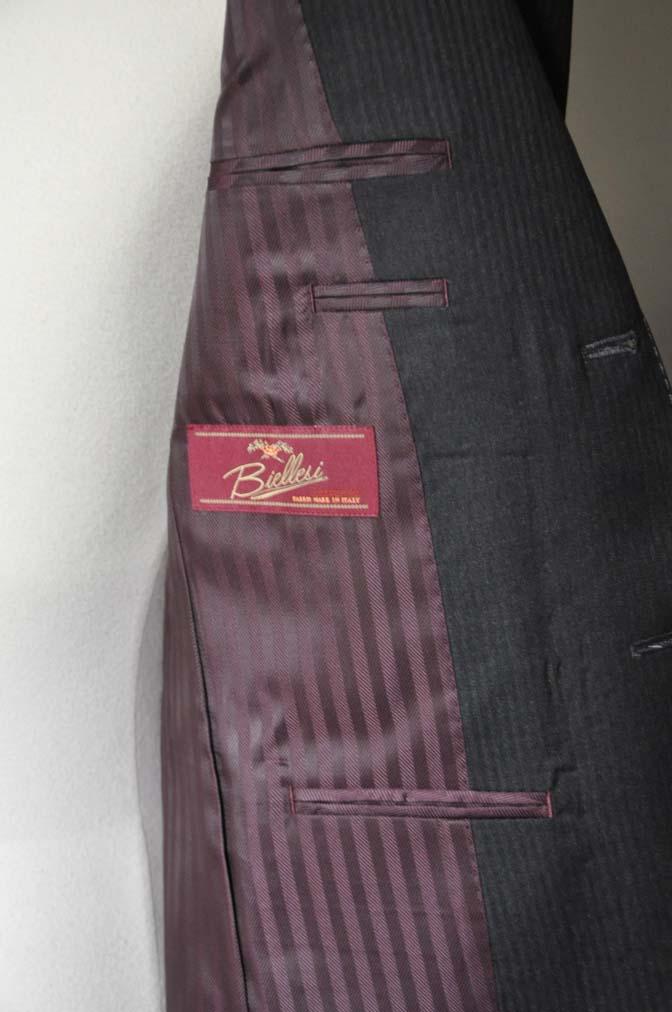 DSC0333-1 お客様のスーツの紹介- Biellesi チャコールグレーヘリンボーンスーツ-