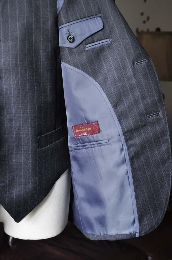 DSC0337-4 お客様のスーツの紹介-Ermenegild Zegnaグレーストライプ スリーピース- 名古屋の完全予約制オーダースーツ専門店DEFFERT