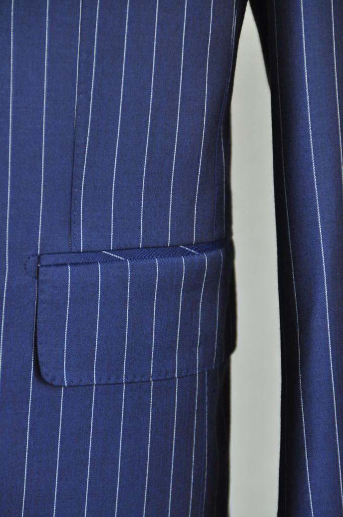 DSC03371-680x1024 ジャケットの腰ポケットについているフラップ