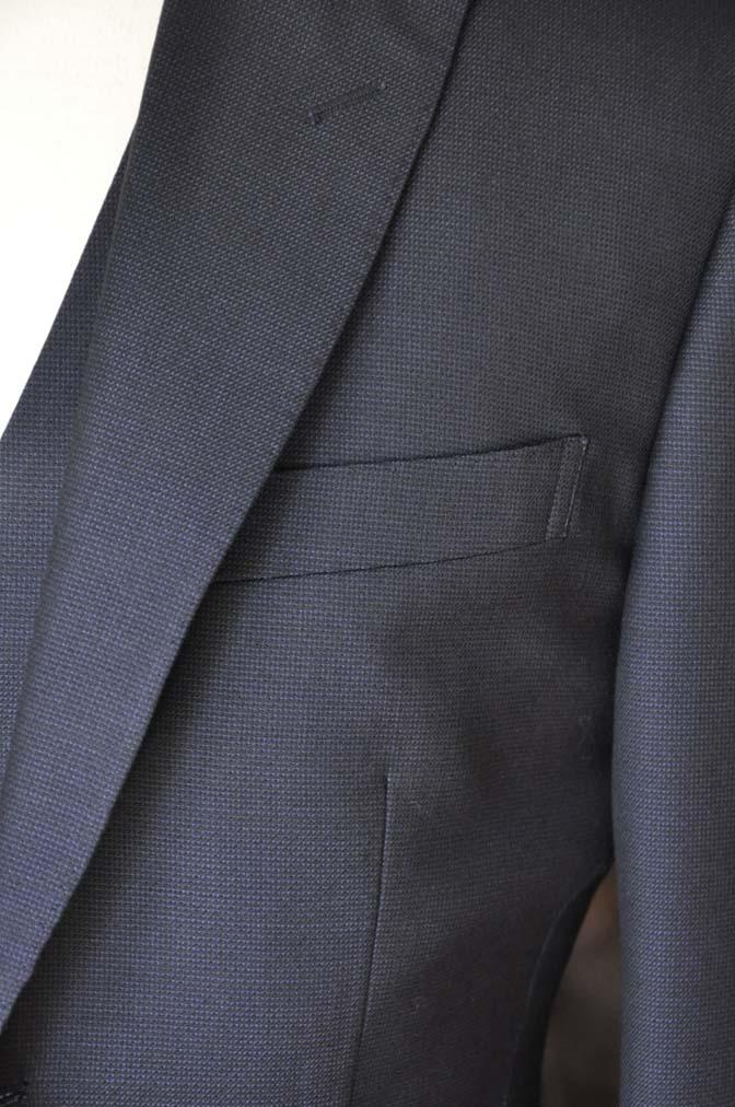 DSC03434 お客様のスーツの紹介- DUGDALE 無地ネイビースリーピーススーツ-
