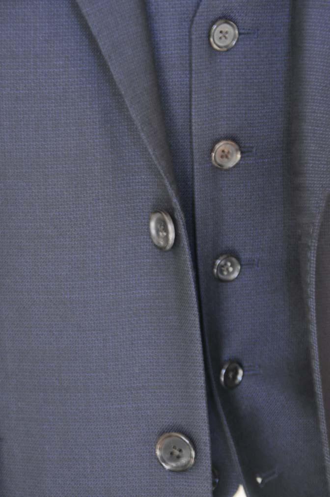 DSC03454 お客様のスーツの紹介- DUGDALE 無地ネイビースリーピーススーツ-