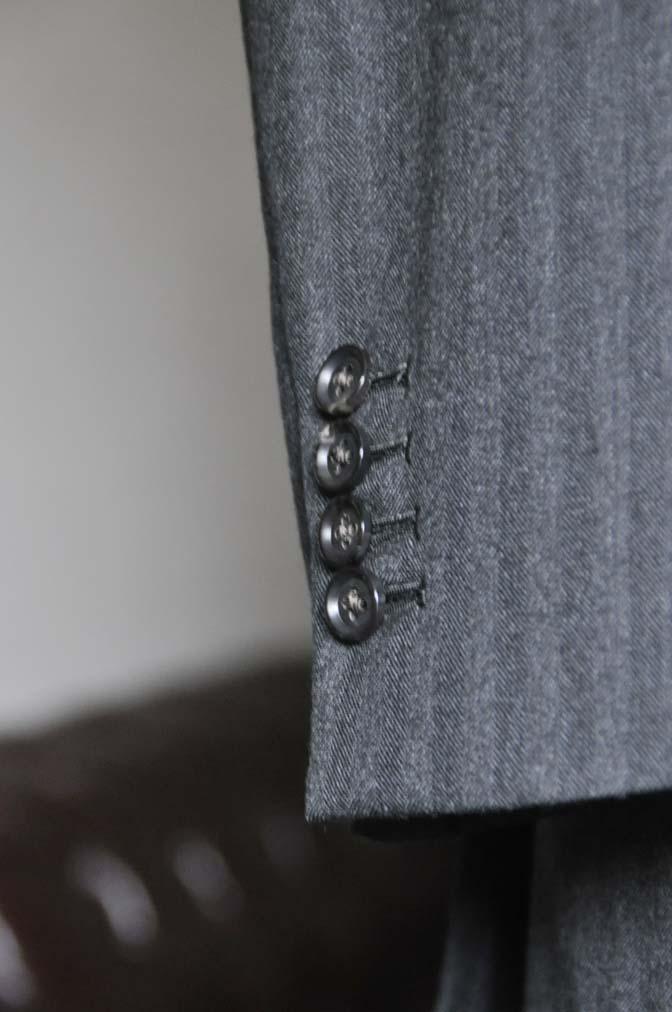 DSC0347-1 お客様のスーツの紹介- 御幸毛織 チャコールグレーヘリンボーンスーツ-