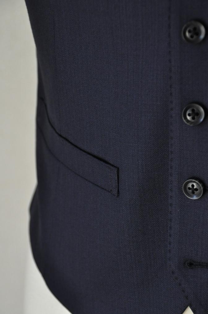 DSC03486 お客様のスーツの紹介-ネイビーヘリンボーンスリーピース- 名古屋の完全予約制オーダースーツ専門店DEFFERT