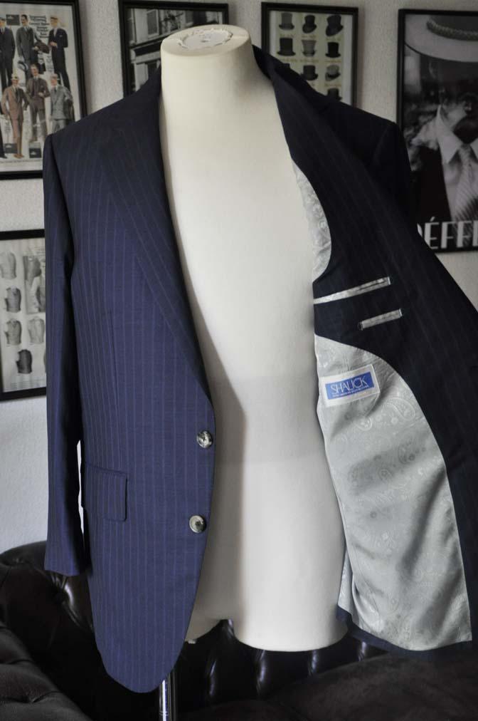DSC03582 お客様のスーツの紹介-御幸毛織 SHALICK ネイビーストライプ-