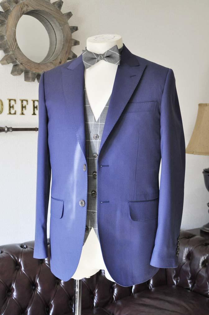 DSC0359-1 お客様のウエディング衣装の紹介-Biellesi ネイビースーツ グレーチェックベスト-DSC0359-1 お客様のウエディング衣装の紹介-Biellesi ネイビースーツ グレーチェックベスト- 名古屋市のオーダータキシードはSTAIRSへ