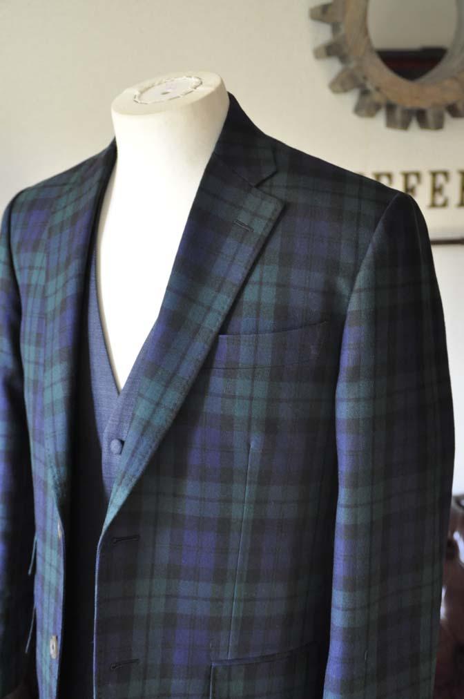 DSC0360-3 お客様のウエディング衣装の紹介- ブラックウォッチスーツ ネイビーベスト-