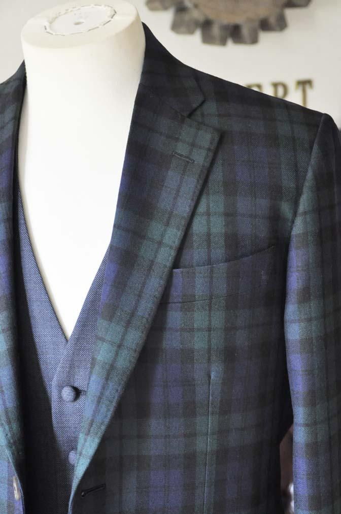 DSC0361-3 お客様のウエディング衣装の紹介- ブラックウォッチスーツ ネイビーベスト-