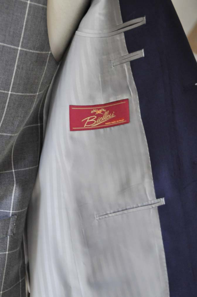 DSC0363-1 お客様のウエディング衣装の紹介-Biellesi ネイビースーツ グレーチェックベスト-DSC0363-1 お客様のウエディング衣装の紹介-Biellesi ネイビースーツ グレーチェックベスト- 名古屋市のオーダータキシードはSTAIRSへ