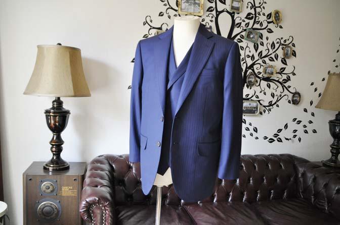 DSC0365-3 お客様のスーツの紹介-CANONICOネイビーダブルジレスリーピース-