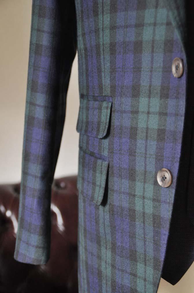 DSC0366-4 お客様のウエディング衣装の紹介- ブラックウォッチスーツ ネイビーベスト-