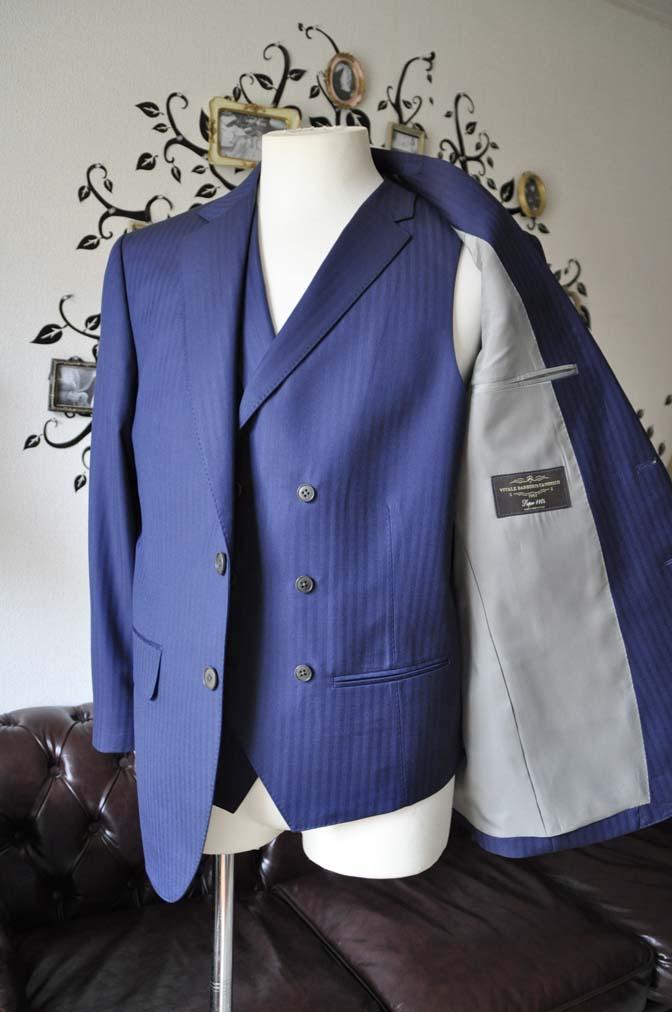 DSC0366-5 お客様のスーツの紹介-CANONICOネイビーダブルジレスリーピース-