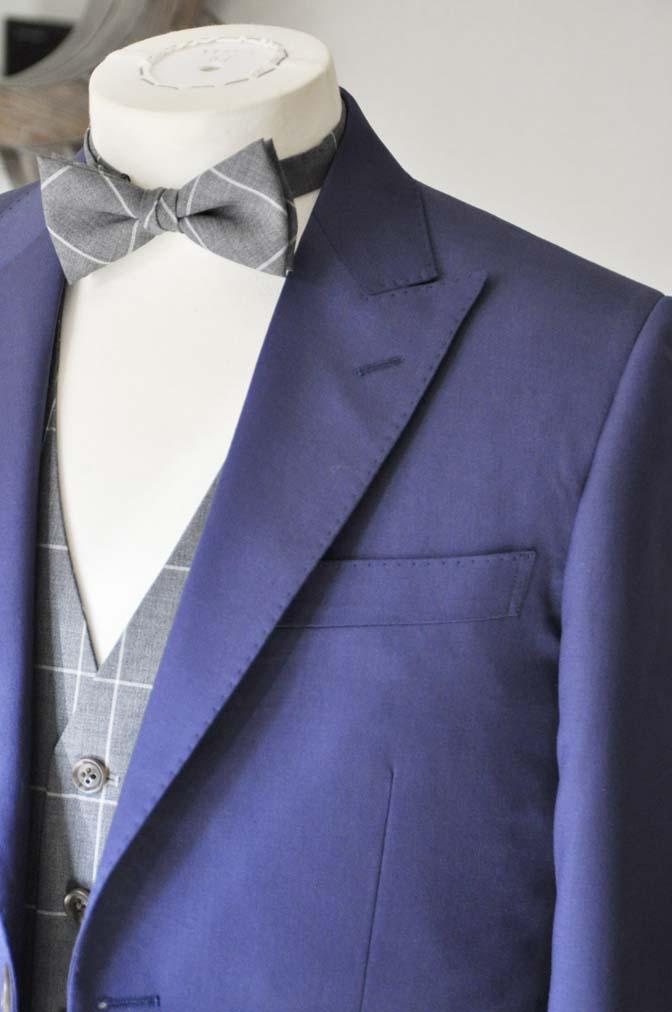 DSC0367-1 お客様のウエディング衣装の紹介-Biellesi ネイビースーツ グレーチェックベスト-DSC0367-1 お客様のウエディング衣装の紹介-Biellesi ネイビースーツ グレーチェックベスト- 名古屋市のオーダータキシードはSTAIRSへ