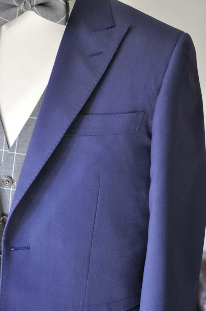 DSC0368-1 お客様のウエディング衣装の紹介-Biellesi ネイビースーツ グレーチェックベスト-DSC0368-1 お客様のウエディング衣装の紹介-Biellesi ネイビースーツ グレーチェックベスト- 名古屋市のオーダータキシードはSTAIRSへ