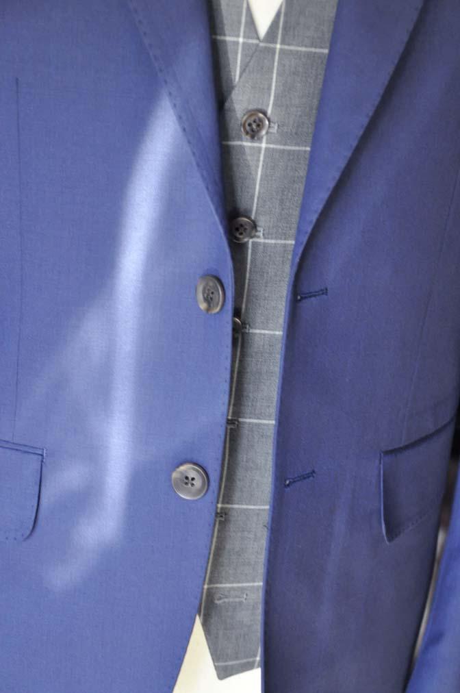 DSC0370-1 お客様のウエディング衣装の紹介-Biellesi ネイビースーツ グレーチェックベスト-DSC0370-1 お客様のウエディング衣装の紹介-Biellesi ネイビースーツ グレーチェックベスト- 名古屋市のオーダータキシードはSTAIRSへ