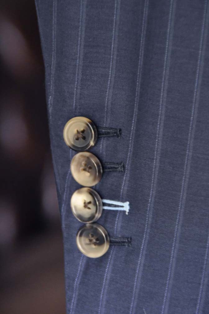 DSC03701 お客様のスーツの紹介-御幸毛織 SHALICK ネイビーストライプ-