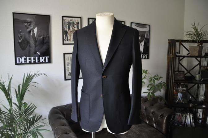 DSC03722 お客様のジャケットの紹介-E.THOMAS 無地ネイビーツイル ジャケット-