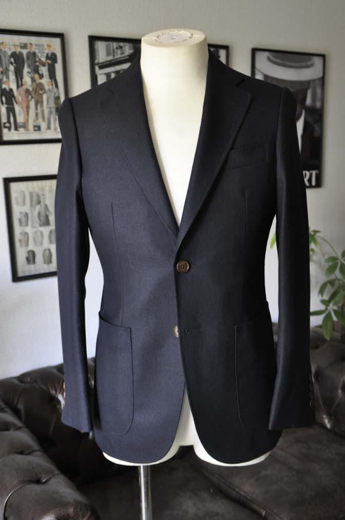 DSC03732 お客様のジャケットの紹介-E.THOMAS 無地ネイビーツイル ジャケット-