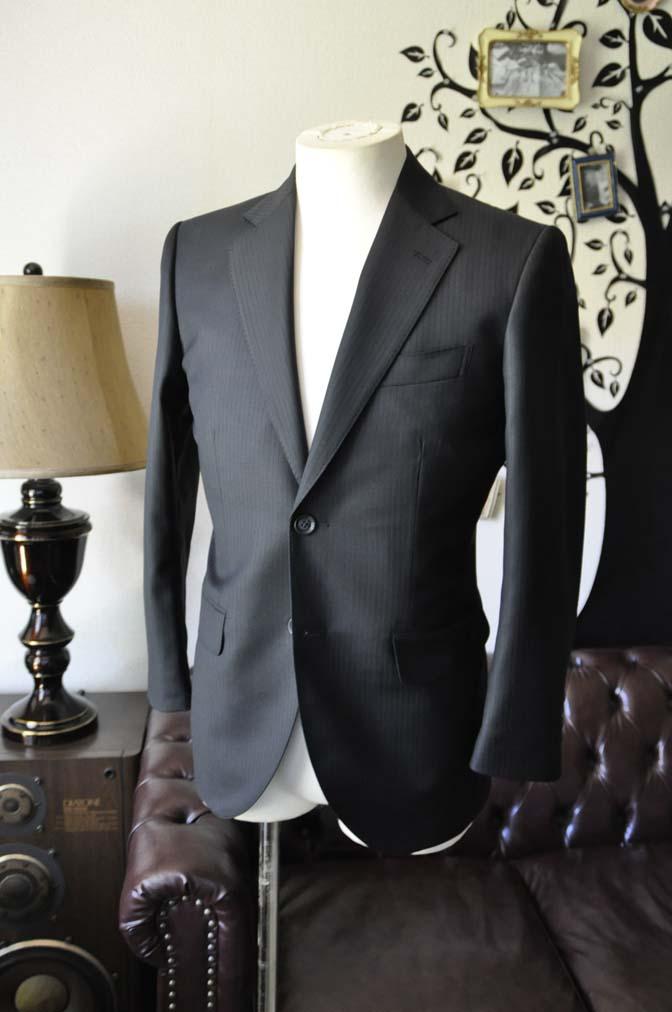 DSC0379-4 お客様のスーツの紹介-Biellesiブラックシャドーストライプスーツ- 名古屋の完全予約制オーダースーツ専門店DEFFERT