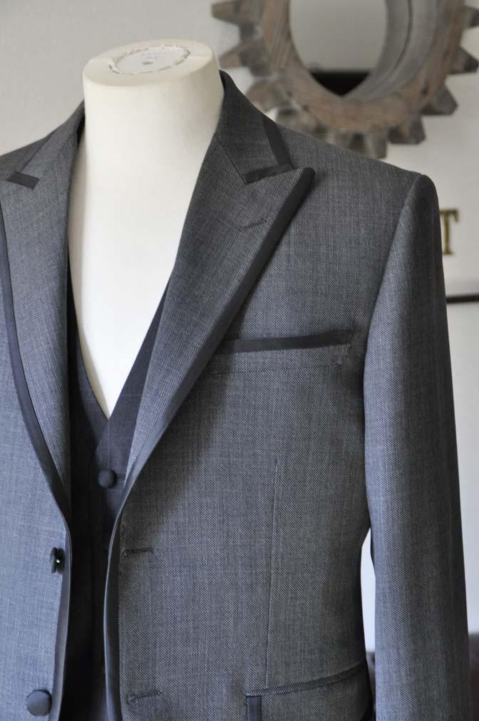 DSC0385-2 お客様のウエディング衣装の紹介-Biellesi グレーパイピングジャケット- 名古屋の完全予約制オーダースーツ専門店DEFFERT