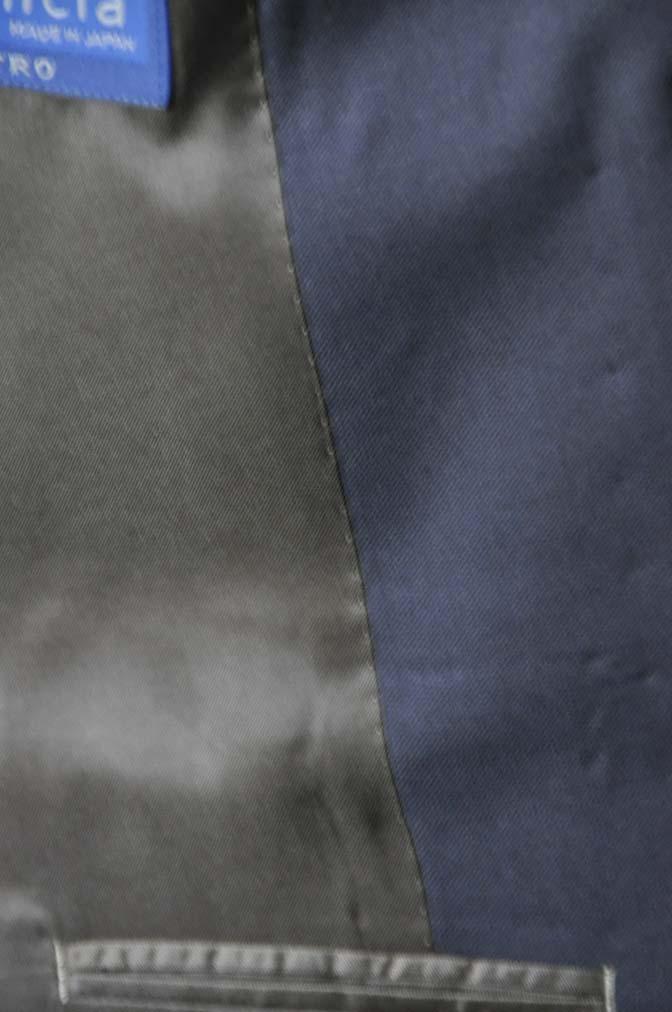 DSC0385-3 お客様のスーツの紹介-無地ネイビースリーピーススーツ-
