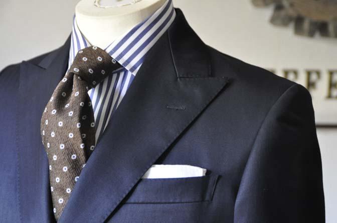 DSC0385-5 お客様のスーツの紹介 名古屋の完全予約制オーダースーツ専門店DEFFERT