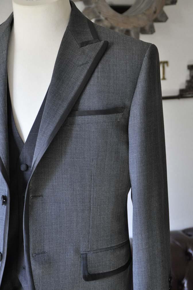 DSC0386-2 お客様のウエディング衣装の紹介-Biellesi グレーパイピングジャケット- 名古屋の完全予約制オーダースーツ専門店DEFFERT