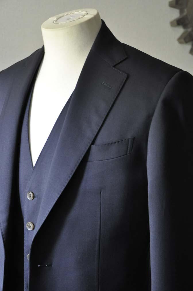 DSC0387-3 お客様のスーツの紹介-無地ネイビースリーピーススーツ- 名古屋の完全予約制オーダースーツ専門店DEFFERT