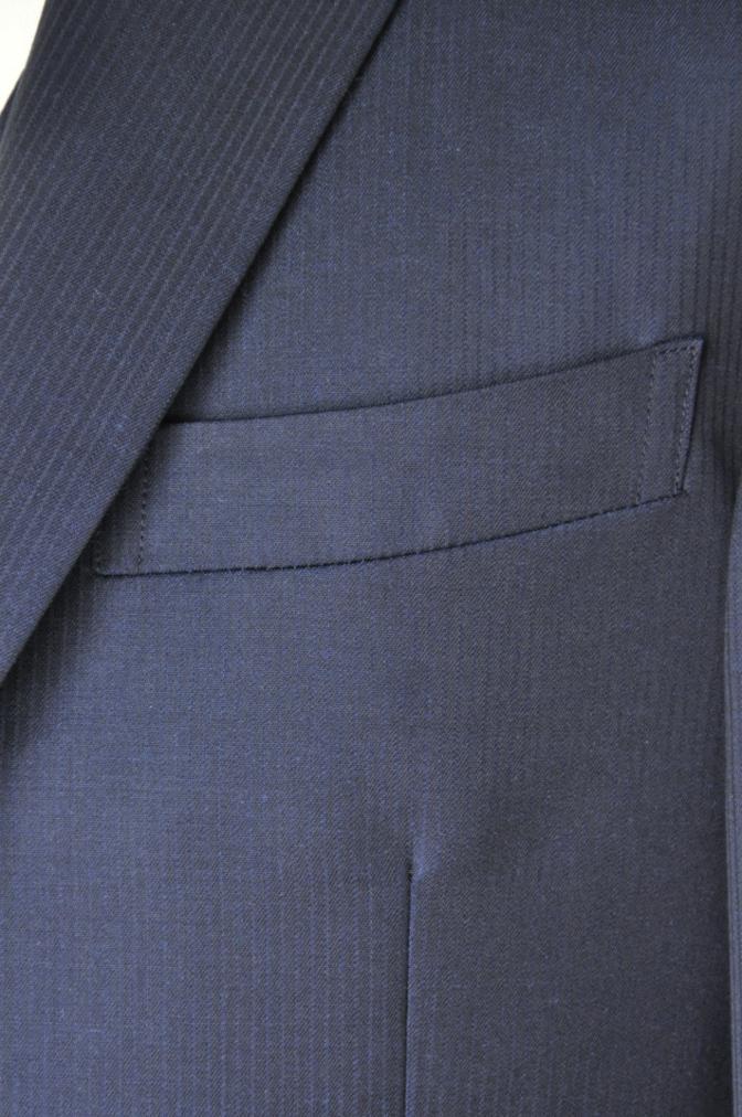 DSC0387 お客様のスーツの紹介-御幸毛織 Box Collection ネイビーストライプ スリーピース-