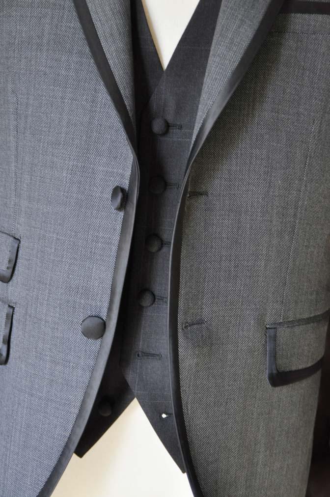 DSC0388-1 お客様のウエディング衣装の紹介-Biellesi グレーパイピングジャケット- 名古屋の完全予約制オーダースーツ専門店DEFFERT