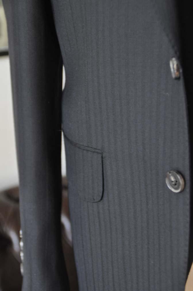 DSC0389-1 お客様のスーツの紹介- DUGDALE ブラックストライプ スリーピース- 名古屋の完全予約制オーダースーツ専門店DEFFERT