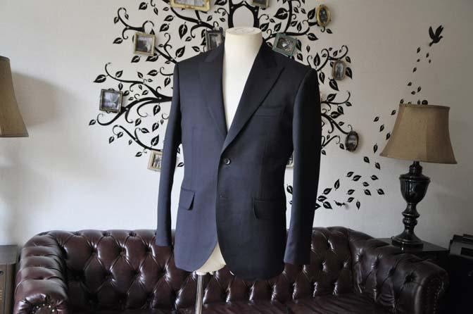 DSC0399-1 お客様のスーツの紹介-Biellesiネイビースーツ- 名古屋の完全予約制オーダースーツ専門店DEFFERT