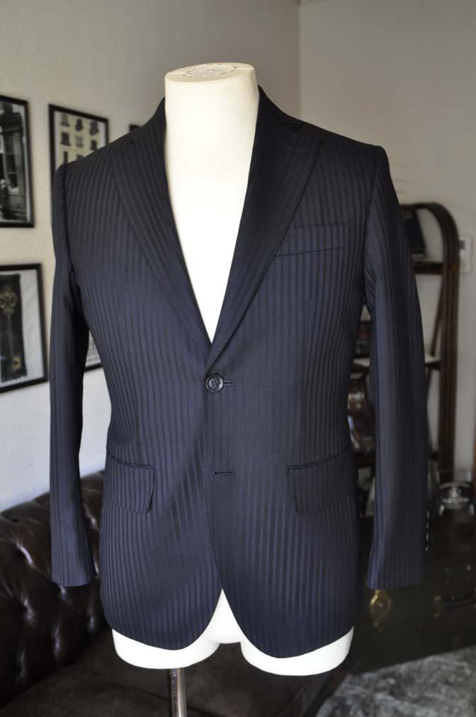 DSC04013 お客様のスーツの紹介- REDA ネイビーストライプ- 名古屋の完全予約制オーダースーツ専門店DEFFERT