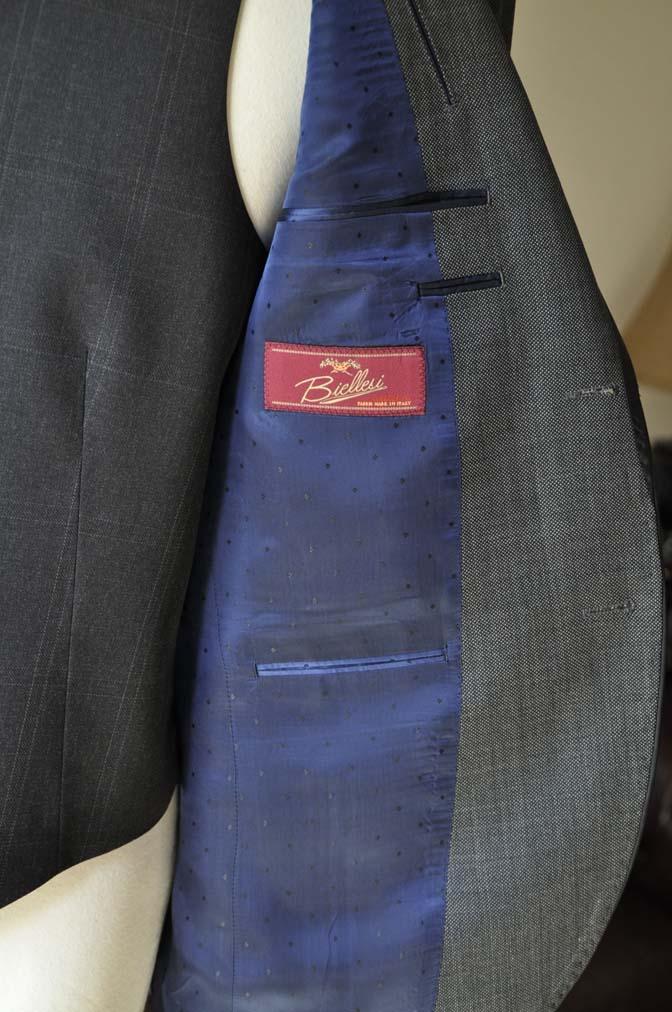 DSC0403-1 お客様のウエディング衣装の紹介-Biellesi グレーパイピングジャケット- 名古屋の完全予約制オーダースーツ専門店DEFFERT