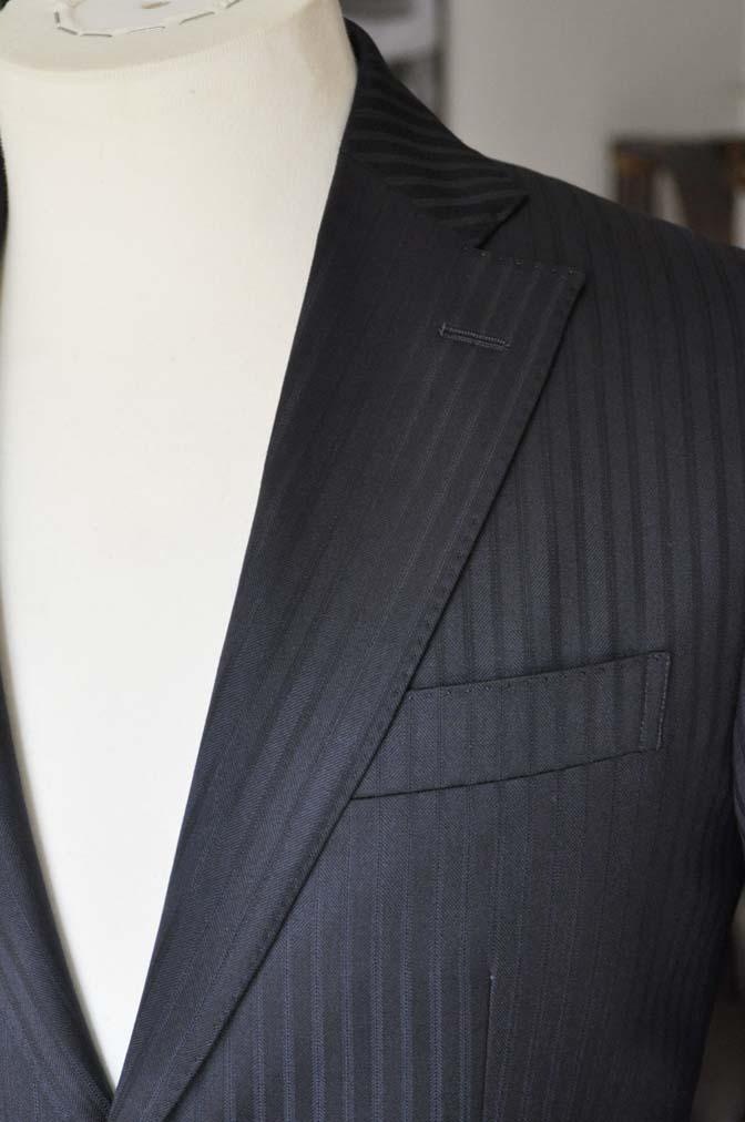 DSC04033 お客様のスーツの紹介- REDA ネイビーストライプ- 名古屋の完全予約制オーダースーツ専門店DEFFERT