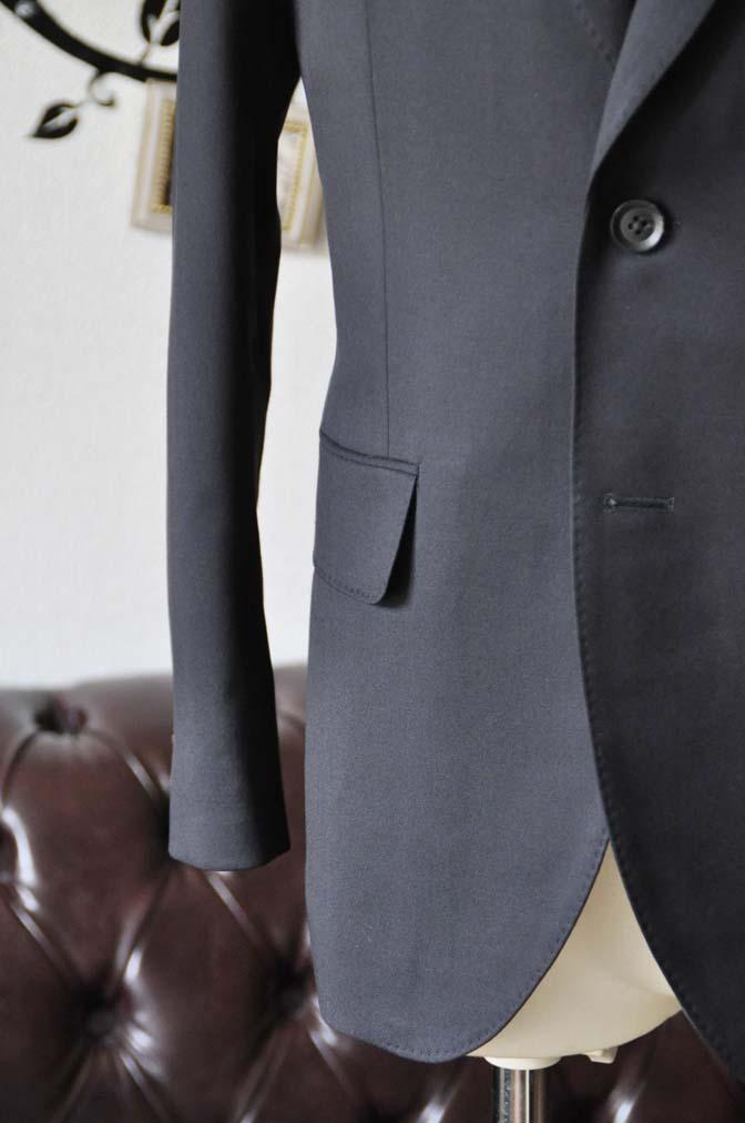 DSC0404-2 お客様のスーツの紹介-Biellesiネイビースーツ- 名古屋の完全予約制オーダースーツ専門店DEFFERT