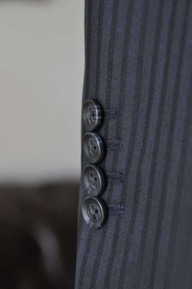 DSC04071 お客様のスーツの紹介- REDA ネイビーストライプ- 名古屋の完全予約制オーダースーツ専門店DEFFERT