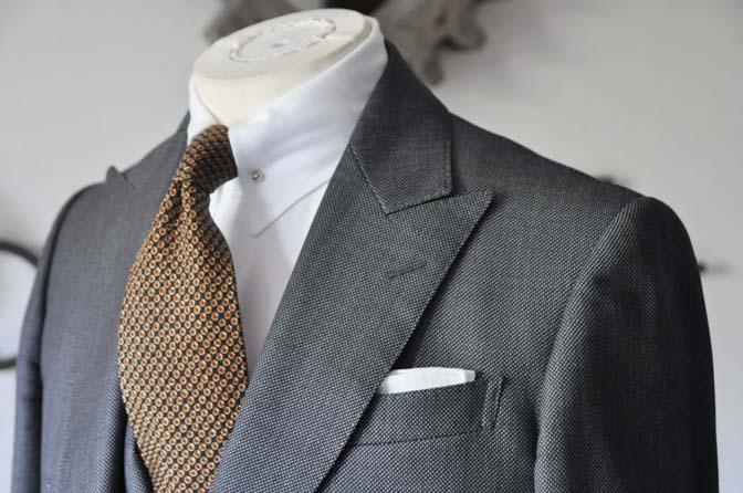 DSC0408-3 お客様のスーツの紹介 名古屋の完全予約制オーダースーツ専門店DEFFERT