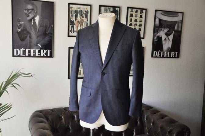 DSC04104 お客様のスーツの紹介- REDA ネイビーストライプスーツ-