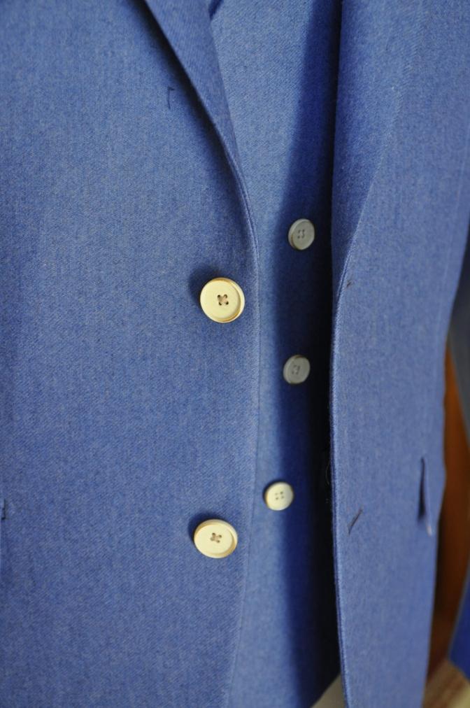 DSC04111 お客様のスーツの紹介-CANONICO ライトブルーフランネル ダブルジレのスリーピース-
