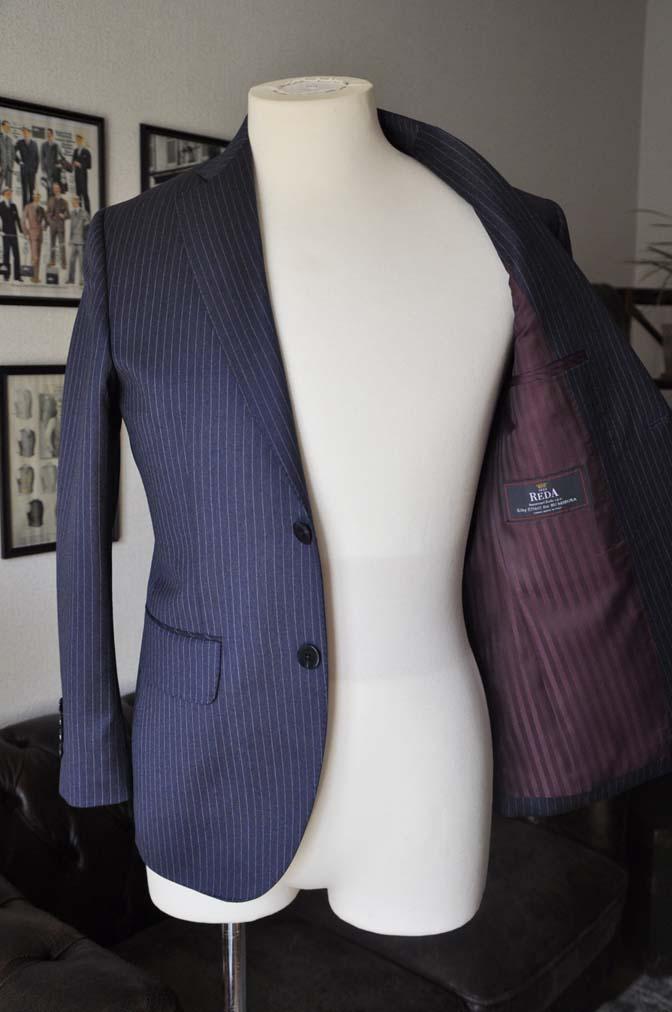 DSC04124 お客様のスーツの紹介- REDA ネイビーストライプスーツ-