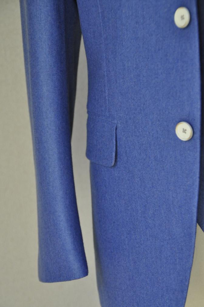 DSC04135 お客様のスーツの紹介-CANONICO ライトブルーフランネル ダブルジレのスリーピース- 名古屋の完全予約制オーダースーツ専門店DEFFERT