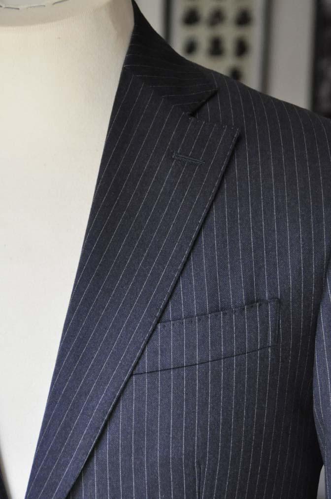 DSC0416 お客様のスーツの紹介- REDA ネイビーストライプスーツ-