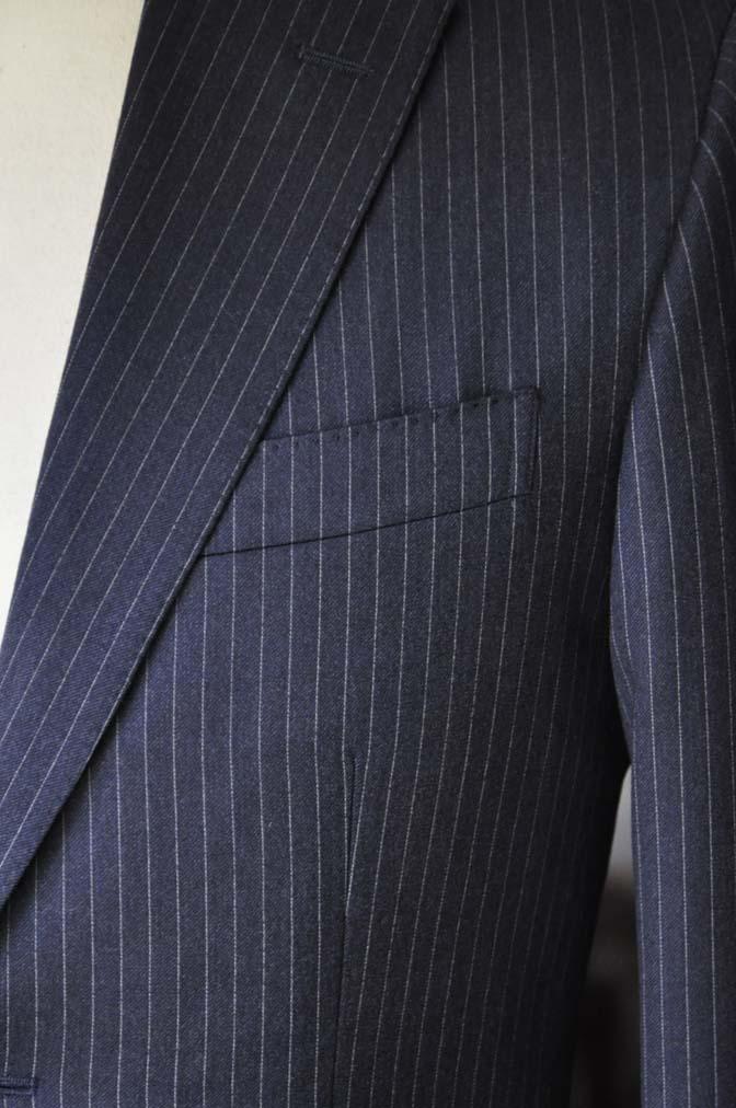DSC04172 お客様のスーツの紹介- REDA ネイビーストライプスーツ-