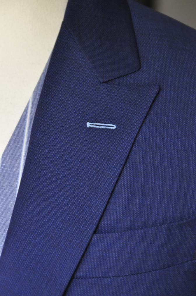 DSC04231 お客様のウエディング衣装の紹介-Biellesi 無地ネイビースーツ ブルーストライプベスト-