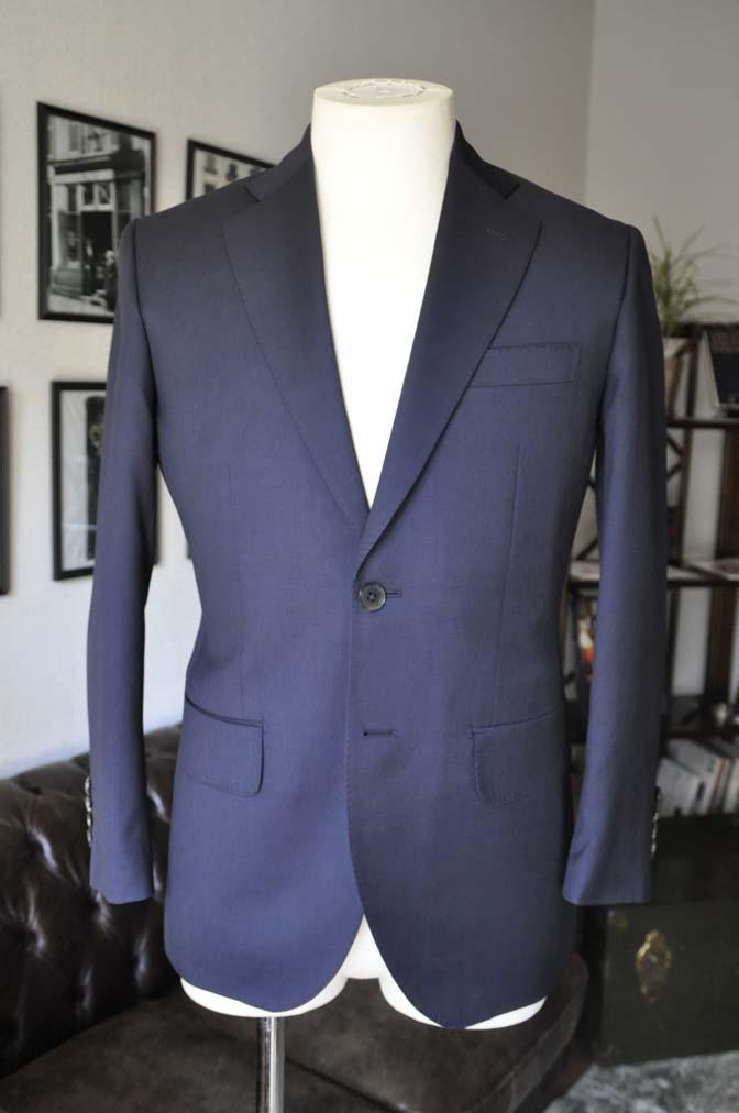 DSC04232 お客様のスーツの紹介- Biellesi 無地ネイビースーツ-