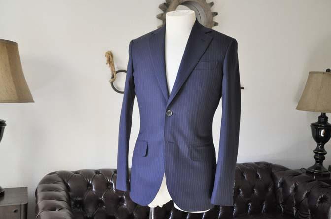 DSC0426-2 お客様のスーツの紹介-ネイビーストライプスーツ-