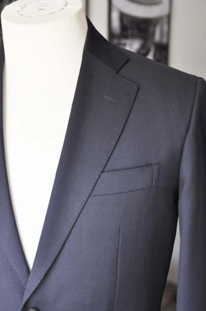 DSC04281 お客様のスーツの紹介- Biellesi 無地ネイビースーツ-